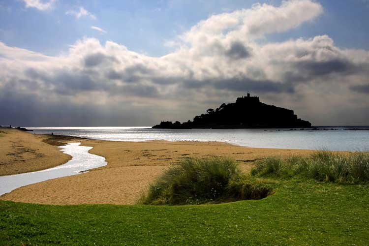 [St Michael's Mount with Red River]
